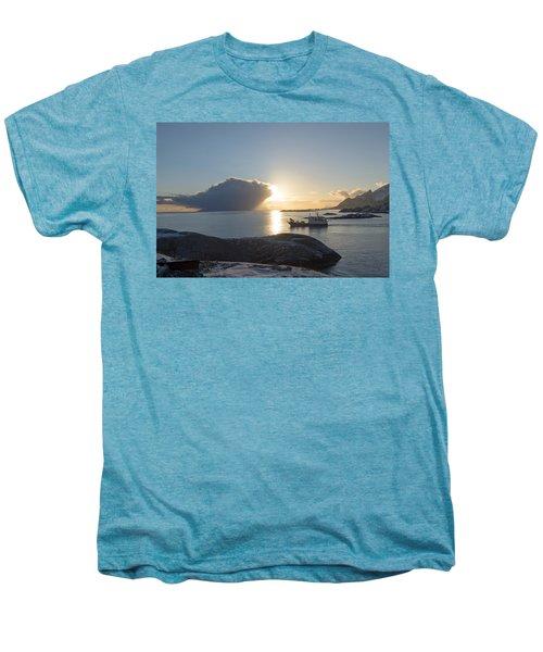 Cast A Giant Shadow... Reine Lofoten Men's Premium T-Shirt