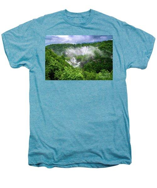 Falls Through The Fog - Plitvice Lakes National Park Croatia Men's Premium T-Shirt