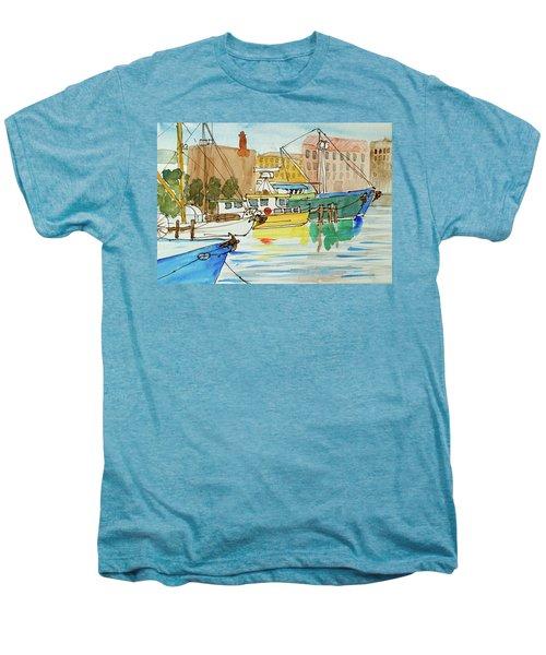 Fishing Boats In Hobart's Victoria Dock Men's Premium T-Shirt
