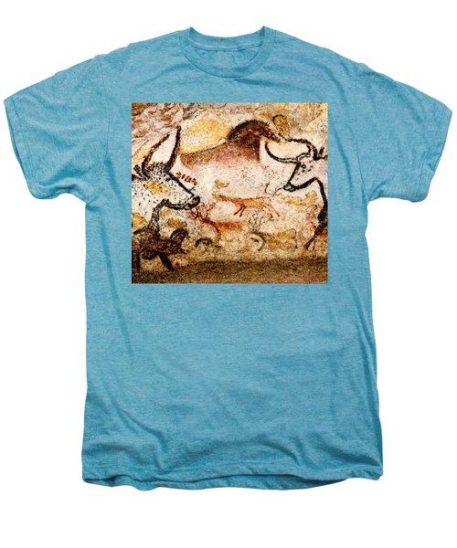 Lascaux Hall Of The Bulls - Deer Between Aurochs Men's Premium T-Shirt