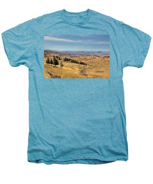 Mountainous Terrain In Central Oregon Men's Premium T-Shirt
