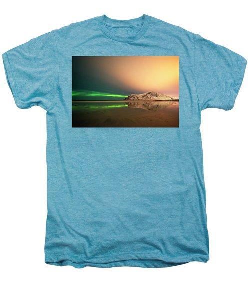 Northern Light In Lofoten Nordland 5 Men's Premium T-Shirt by Dubi Roman