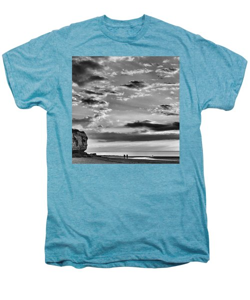 The End Of The Day, Old Hunstanton  Men's Premium T-Shirt