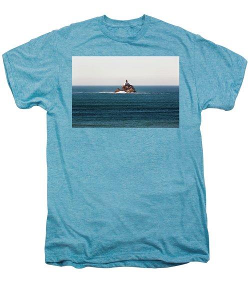 Tillamook Rock Lighthouse On A Calm Day Men's Premium T-Shirt