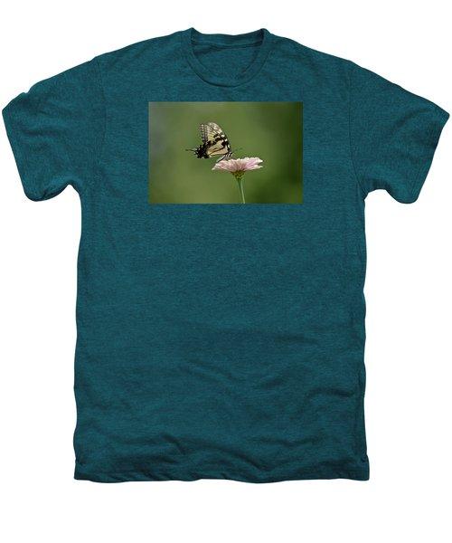 Butterfly On Zinnia Men's Premium T-Shirt