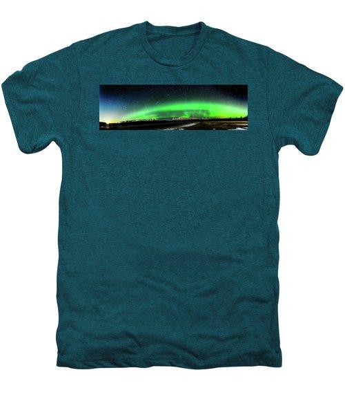 Little House Under The Aurora Men's Premium T-Shirt