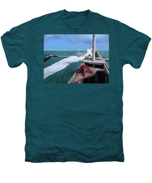 Lone Red Starfish On A Wooden Dhow 1 Men's Premium T-Shirt