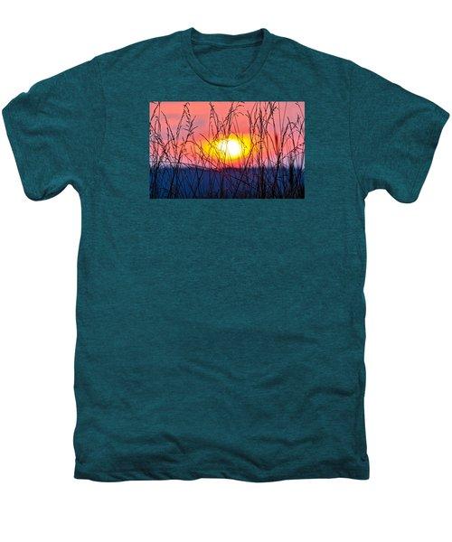 Sunset On The Prairie  Men's Premium T-Shirt
