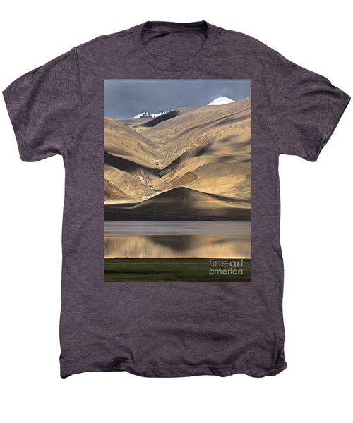Golden Light Tso Moriri, Karzok, 2006 Men's Premium T-Shirt