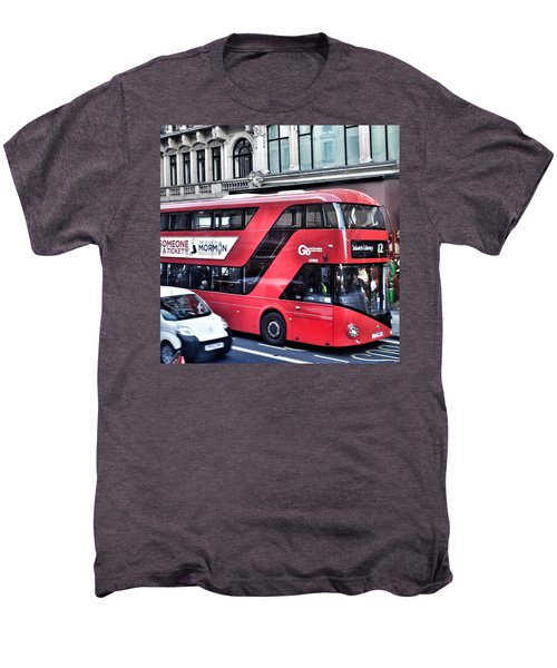 Red Bus In London  Men's Premium T-Shirt