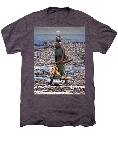 African Woman Collecting Shells 1 Men's Premium T-Shirt