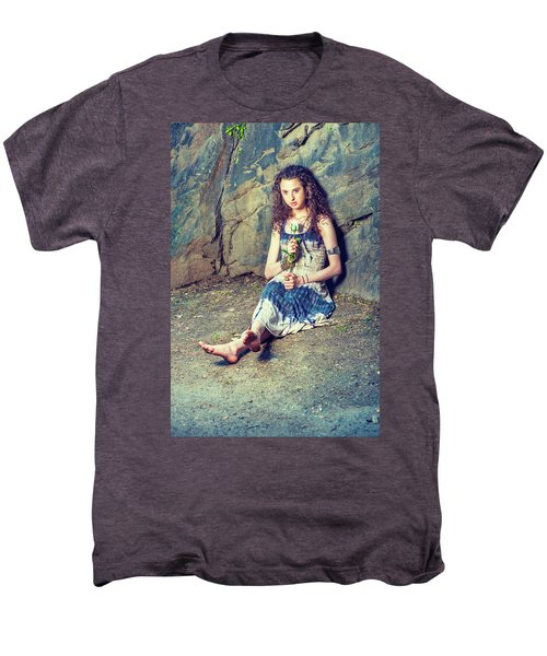 Young American Woman Missing You With White Rose In New York Men's Premium T-Shirt