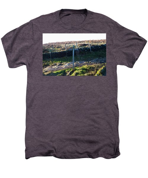 Curbar Edge Which Way To Go Men's Premium T-Shirt