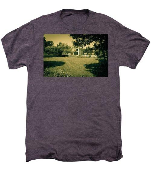 Days Bygone - The Hermitage Men's Premium T-Shirt
