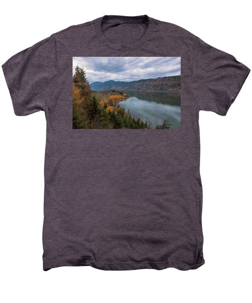 Fall Color At Ruthton Point In Hood River Oregon Men's Premium T-Shirt