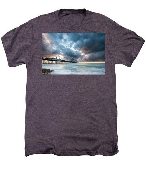 Stormy Sunrise Over Eastbourne Pier Men's Premium T-Shirt