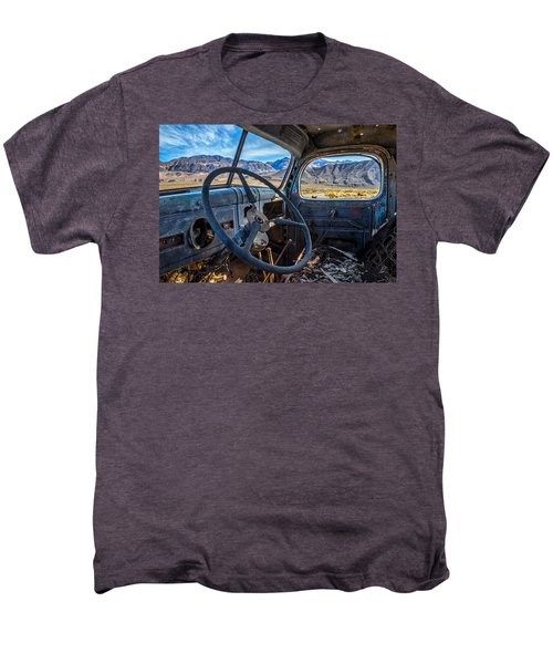Truck Desert View Men's Premium T-Shirt