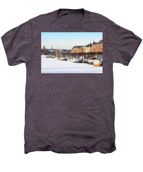 Men's Premium T-Shirt featuring the photograph Waiting Out Winter by David Chandler