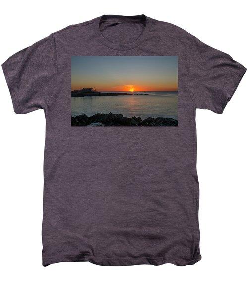 Walkers Point Kennebunkport Maine Men's Premium T-Shirt