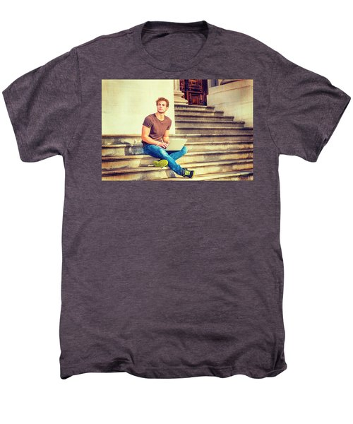 Young Man Working Outside In New York Men's Premium T-Shirt