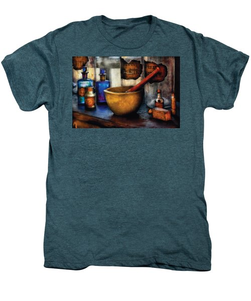 Pharmacist - Mortar And Pestle Men's Premium T-Shirt