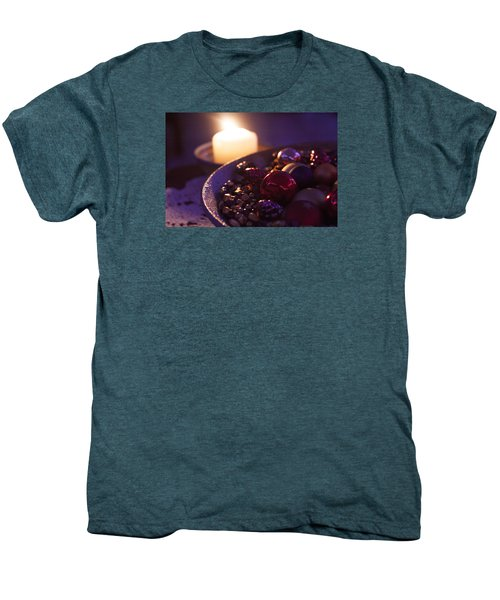 Christmas Candlelight Men's Premium T-Shirt