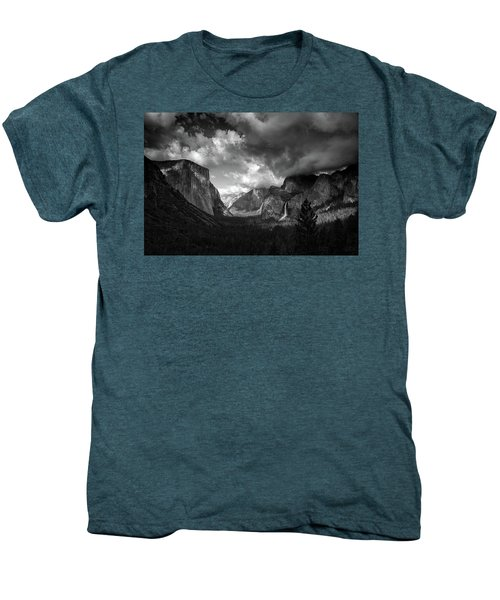 Storm Arrives In The Yosemite Valley Men's Premium T-Shirt