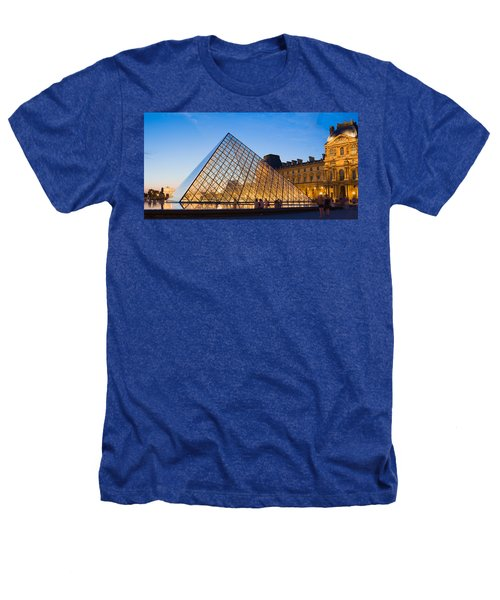 Pyramid In Front Of A Museum, Louvre Heathers T-Shirt