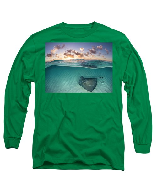 Southern Stingray Swimming Over Sand, Cayman Islands Long Sleeve T-Shirt