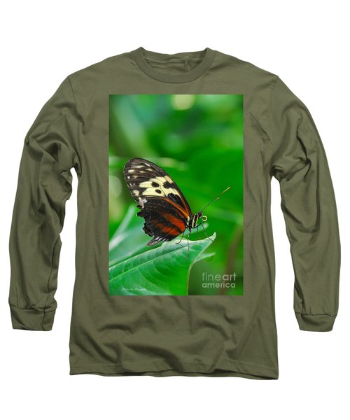 D5l15 Butterfly At Franklin Park Conservatory Long Sleeve T-Shirt