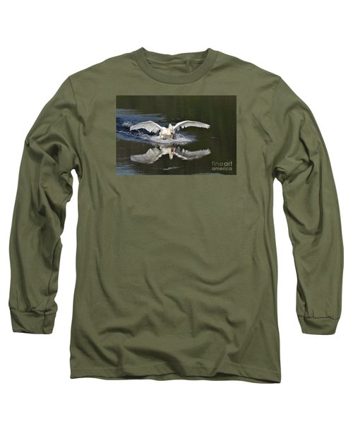 Long Sleeve T-Shirt featuring the photograph Swan Landing by Simona Ghidini