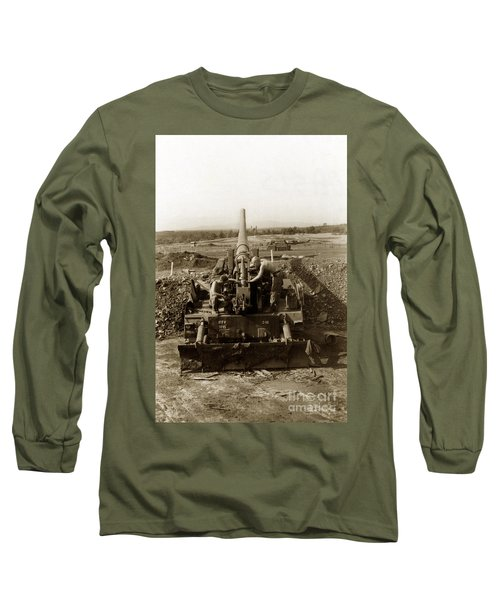 175mm Self Propelled Gun C 10 7-15th Field Artillery Vietnam 1968 Long Sleeve T-Shirt