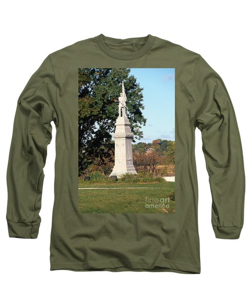 30u13 Hood Park Monument To Civil War Soldiers And Sailors Photo Long Sleeve T-Shirt