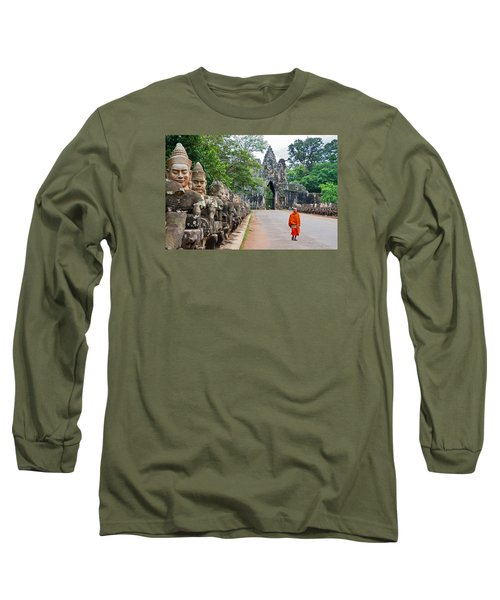 54 Gods And A Monk Long Sleeve T-Shirt