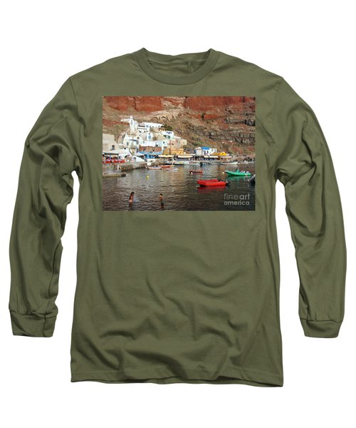 A Splash In Amoudi Bay  Long Sleeve T-Shirt