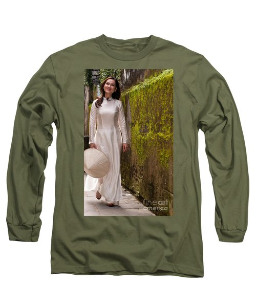 Ao Dai 03 Long Sleeve T-Shirt