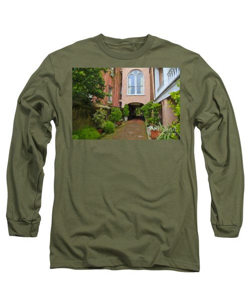 Battery Carriage House Inn Alley Long Sleeve T-Shirt