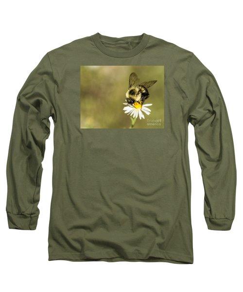 Bumble Bee Macro Long Sleeve T-Shirt