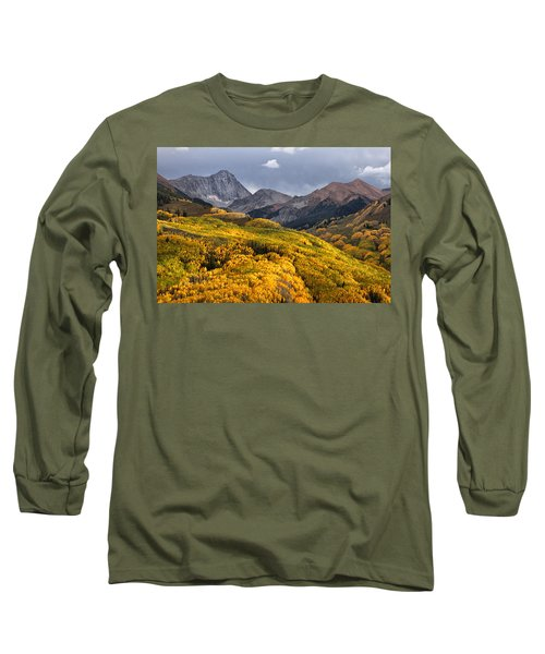Capitol Peak In Snowmass Colorado Long Sleeve T-Shirt