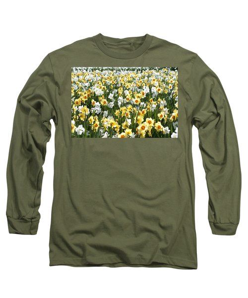 Long Sleeve T-Shirt featuring the photograph Daffodils by Lana Enderle