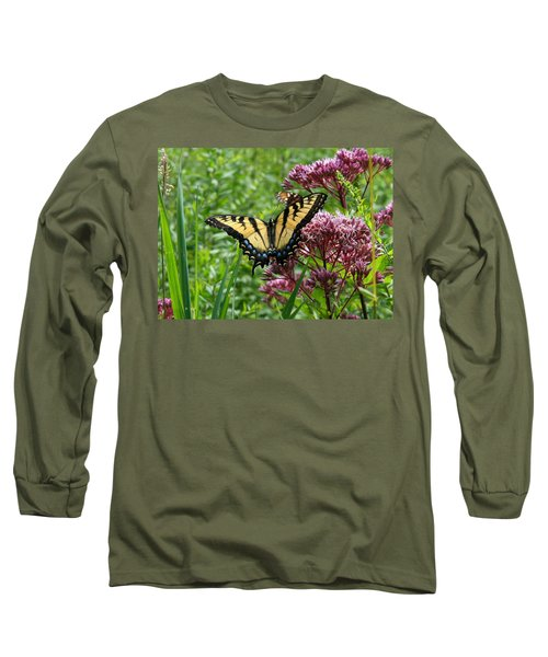 Eastern Tiger Swallowtail On Joe Pye Weed Long Sleeve T-Shirt