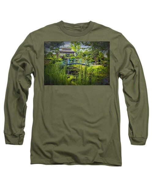 Garden At Houmas House Plantation La Dsc04584 Long Sleeve T-Shirt by Greg Kluempers