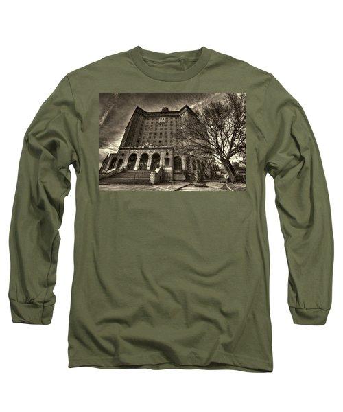 Haunted Baker Hotel Long Sleeve T-Shirt