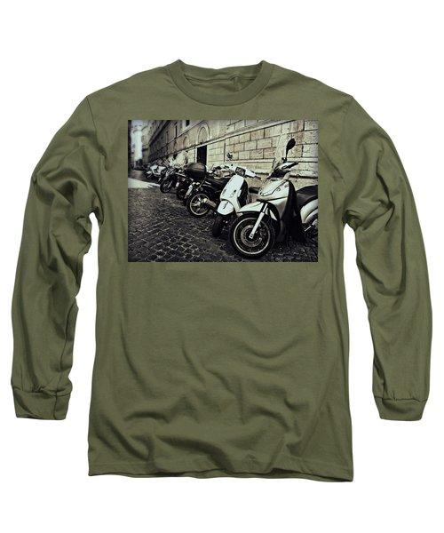 La Terra Di Moto Long Sleeve T-Shirt