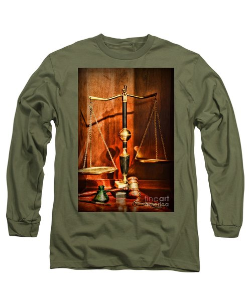 Lawyer - Scales Of Justice Long Sleeve T-Shirt