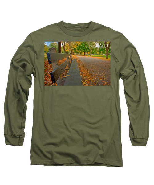 Lincoln Park Bench In Fall Long Sleeve T-Shirt