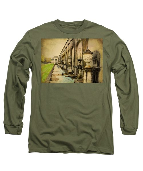 Long Sleeve T-Shirt featuring the photograph Longwood Gardens Fountains by Trina  Ansel