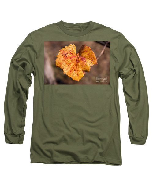 Long Sleeve T-Shirt featuring the photograph Love by Yew Kwang