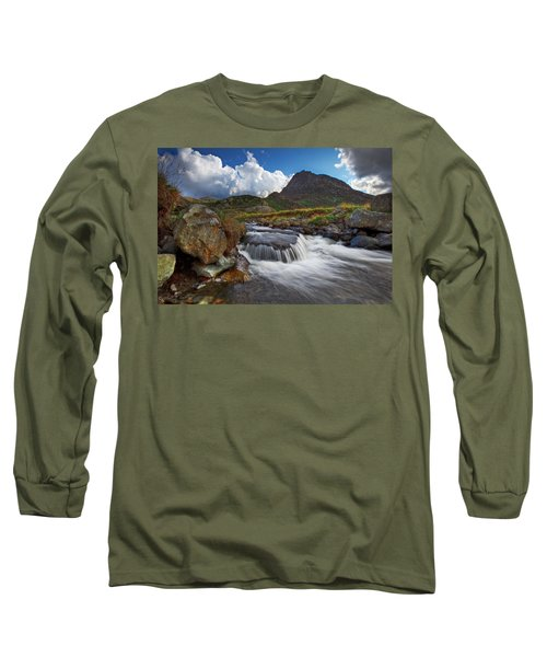 Mighty Tryfan  Long Sleeve T-Shirt