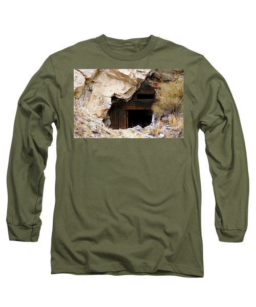 Mining Backbone Long Sleeve T-Shirt